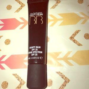 Mac prep and prime beauty balm medium